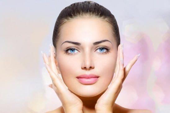 Состояние кожи кистей рук, шеи и декольте – индикатор нашего возраста! Приглашаем на консультацию к косметологу!