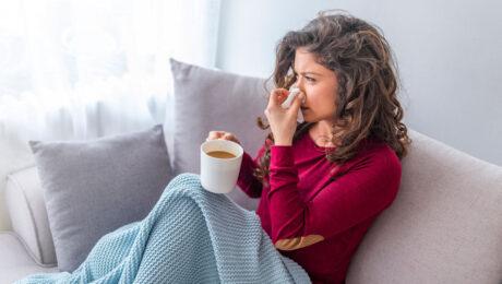Обострение ЛОР-заболеваний. Чем поможет ЛОР? Как не болеть осенью?